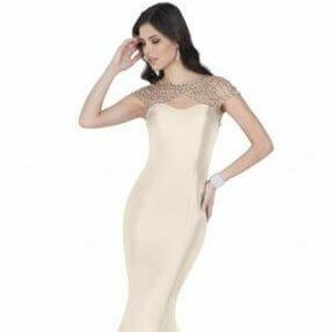 NWT Terani Couture fluted mermaid formal gown